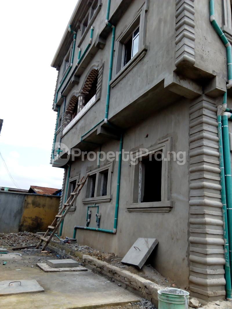 1 bedroom mini flat  Self Contain Flat / Apartment for rent Arobadade street Bariga Shomolu Lagos - 1