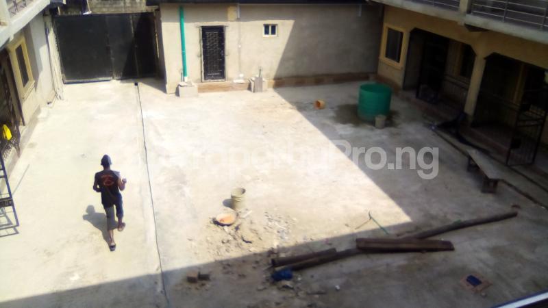 1 bedroom mini flat  Self Contain Flat / Apartment for rent Alhaji Alimi street Bariga Shomolu Lagos - 1
