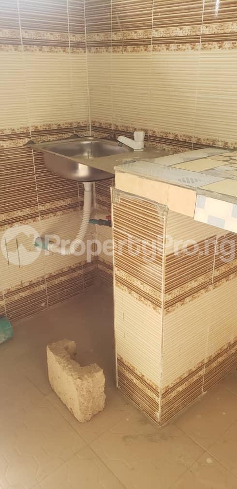 1 bedroom mini flat  Self Contain Flat / Apartment for rent Idi Mango Area  Soka Ibadan Oyo - 5