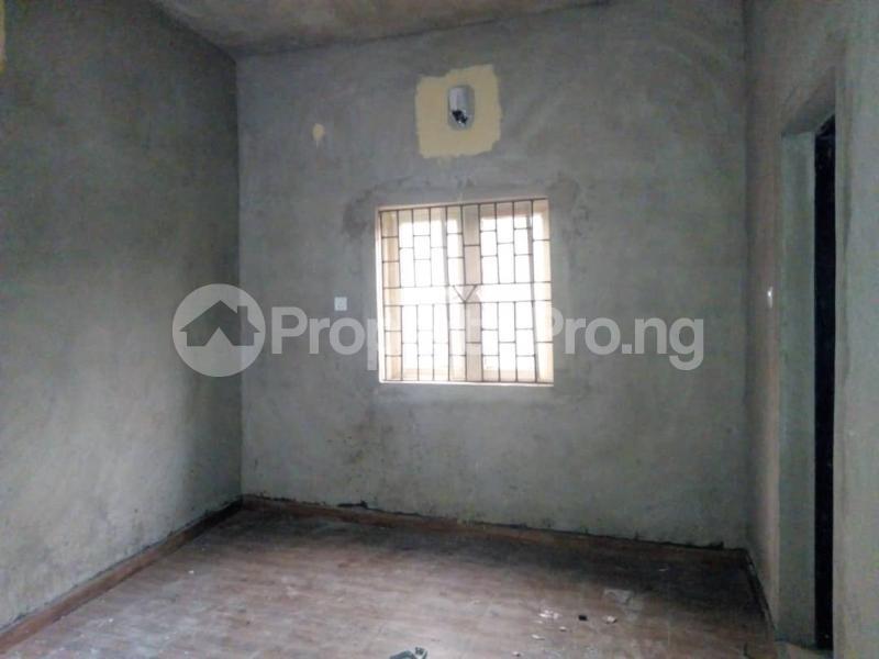 Self Contain Flat / Apartment for rent Off Ilaje road bariga Bariga Shomolu Lagos - 2