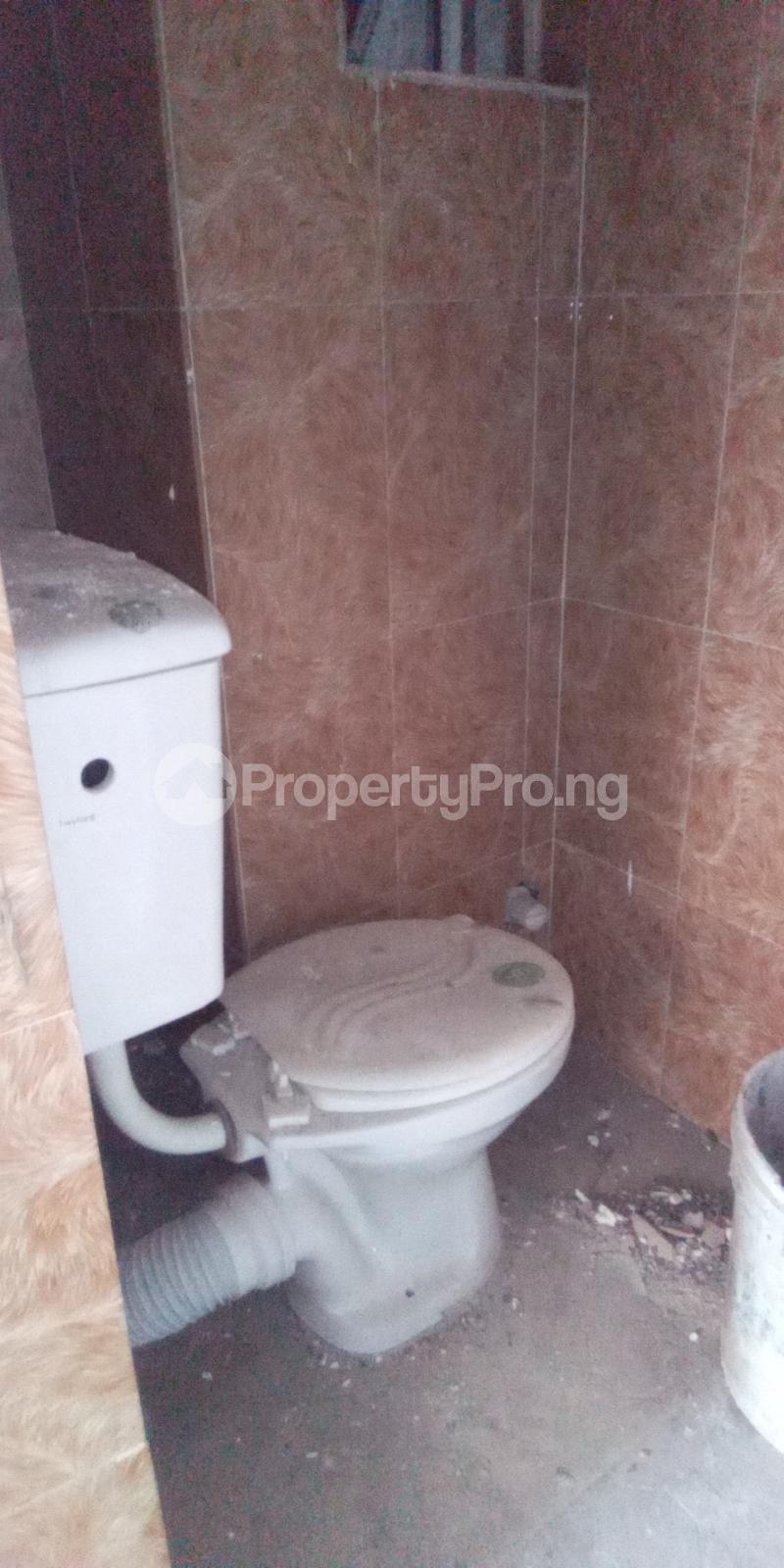 Self Contain Flat / Apartment for rent Abule Oja Abule-Oja Yaba Lagos - 2