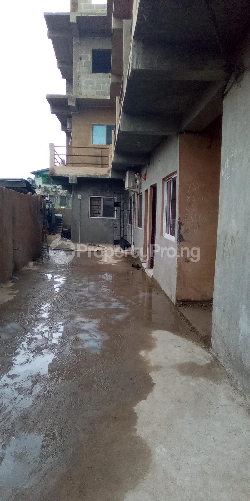 Self Contain Flat / Apartment for rent Abule Oja Abule-Oja Yaba Lagos - 5