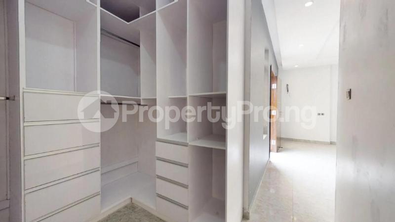 5 bedroom Semi Detached Duplex House for sale Chief Bamidele Eletu Street Osapa london Lekki Lagos - 3