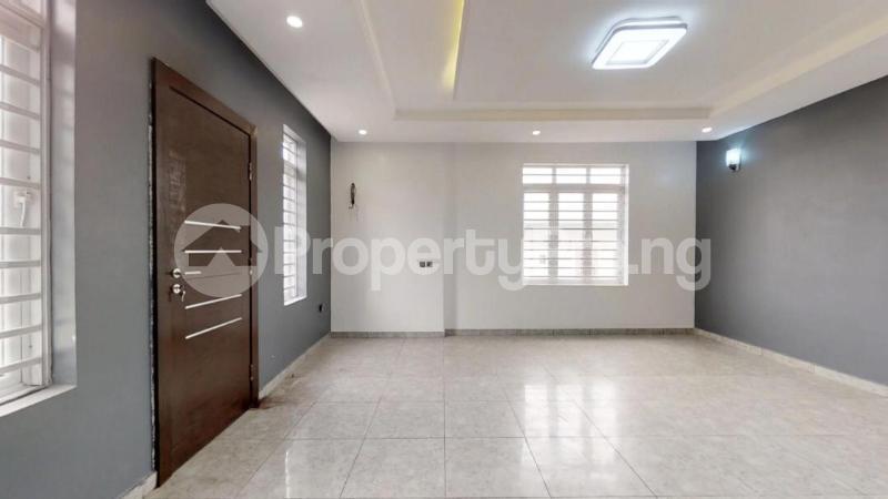 5 bedroom Semi Detached Duplex House for sale Chief Bamidele Eletu Street Osapa london Lekki Lagos - 4