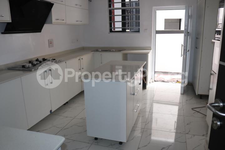 4 bedroom Semi Detached Duplex House for sale Chevron Lekki Lagos - 18