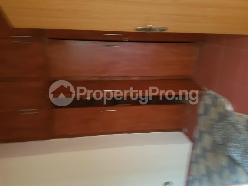 4 bedroom Detached Bungalow House for rent Off Olufemi Street  Ogunlana Surulere Lagos - 6