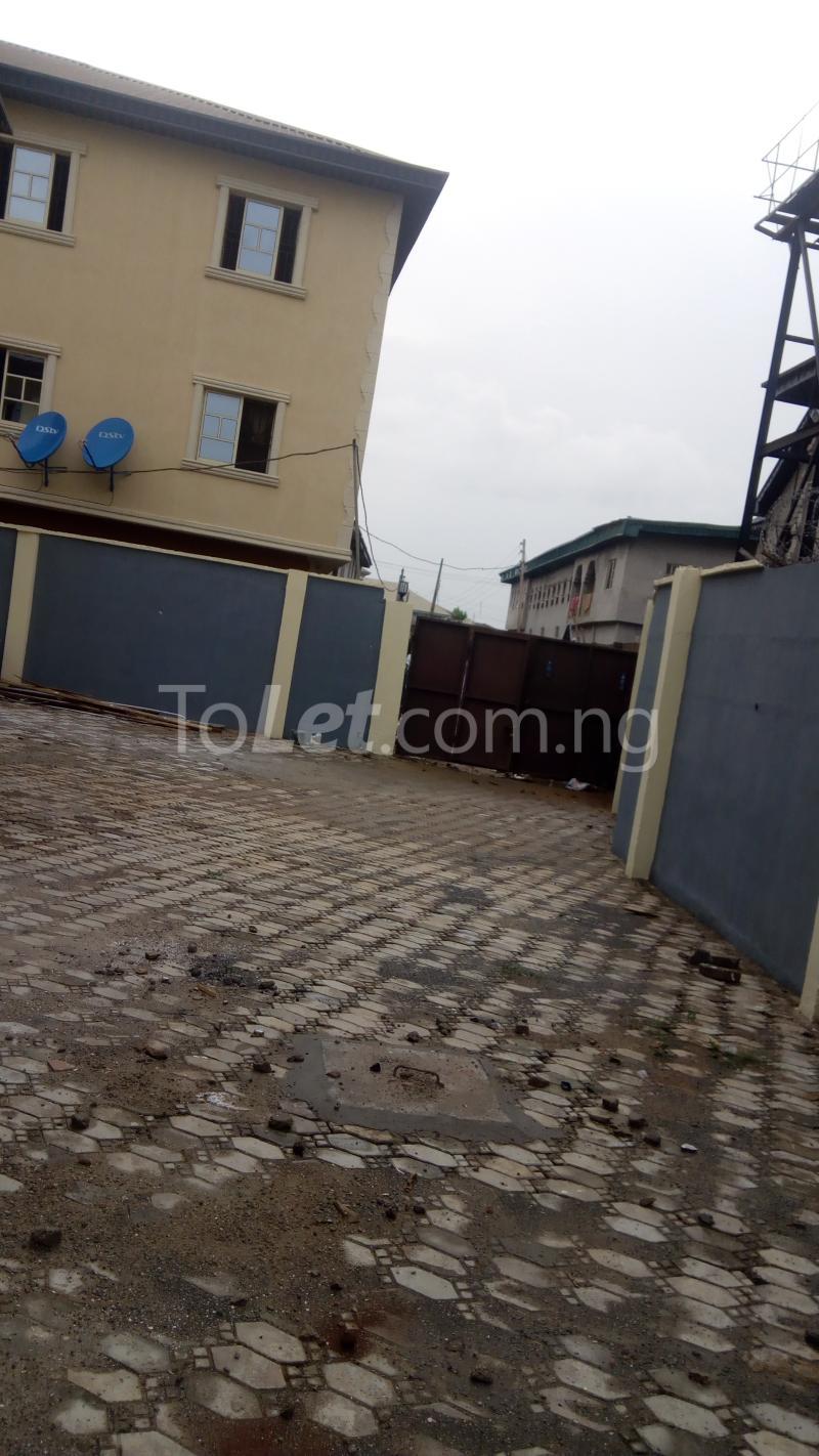 3 bedroom Flat / Apartment for rent Around Chrisland College  Egbe/Idimu Lagos - 10