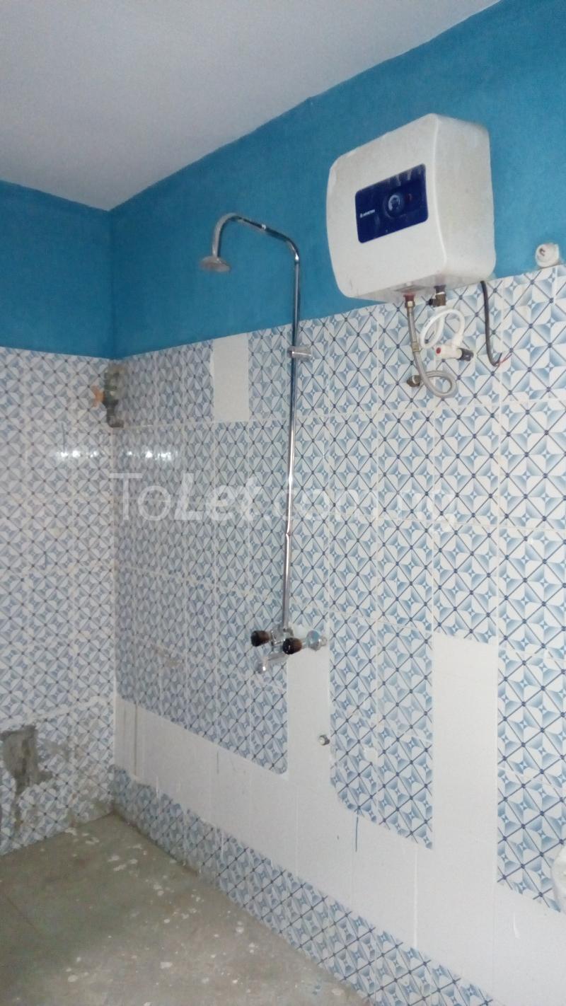 3 bedroom Flat / Apartment for rent Around Chrisland College  Egbe/Idimu Lagos - 3