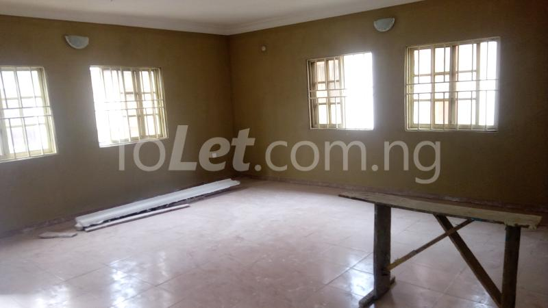 3 bedroom Flat / Apartment for rent Around Chrisland College  Egbe/Idimu Lagos - 5