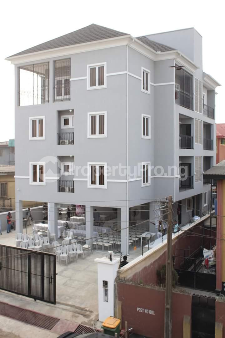 2 bedroom Flat / Apartment for rent Anifowose  Mobolaji Bank Anthony Way Ikeja Lagos - 0