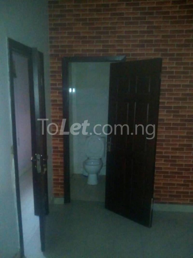2 bedroom Detached Bungalow House for rent Ekololu street Itire Surulere Lagos - 2