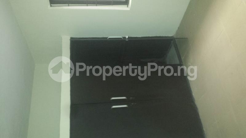 2 bedroom Flat / Apartment for rent . Ifako-gbagada Gbagada Lagos - 5