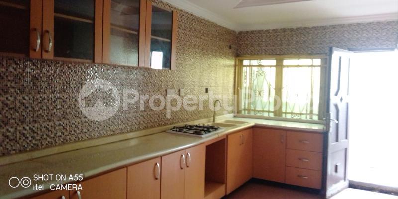 4 bedroom Detached Bungalow House for rent Ipaja ayobo Ipaja Ipaja Lagos - 17