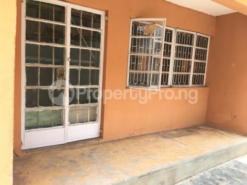 3 bedroom Flat / Apartment for rent 20 Obayan street Akoka Yaba Lagos - 7