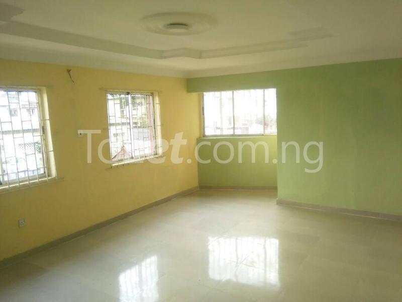 3 bedroom Flat / Apartment for rent idi iroko Estate Mende Maryland Lagos - 0