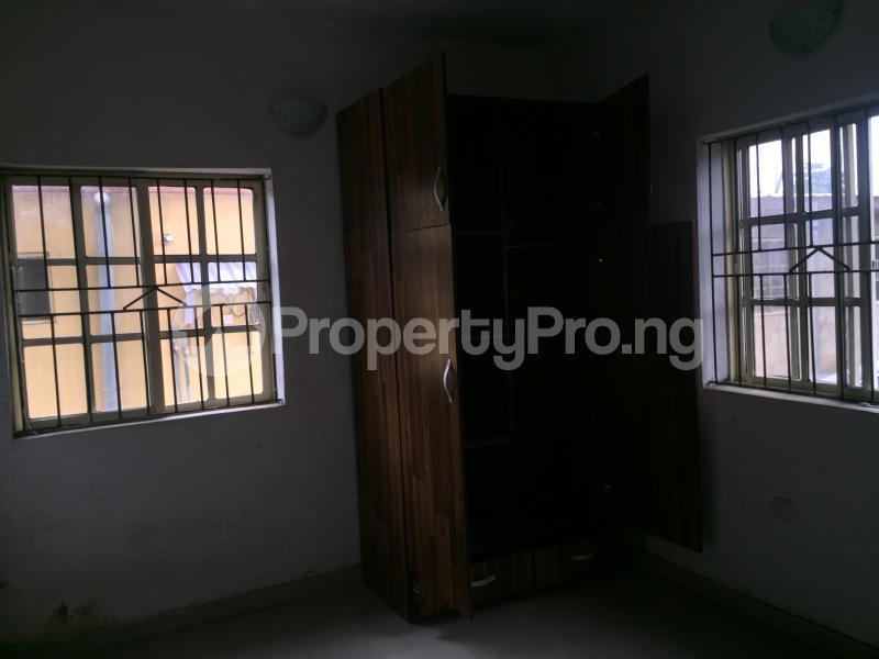 3 bedroom Flat / Apartment for rent Bailey  Abule-Ijesha Yaba Lagos - 3