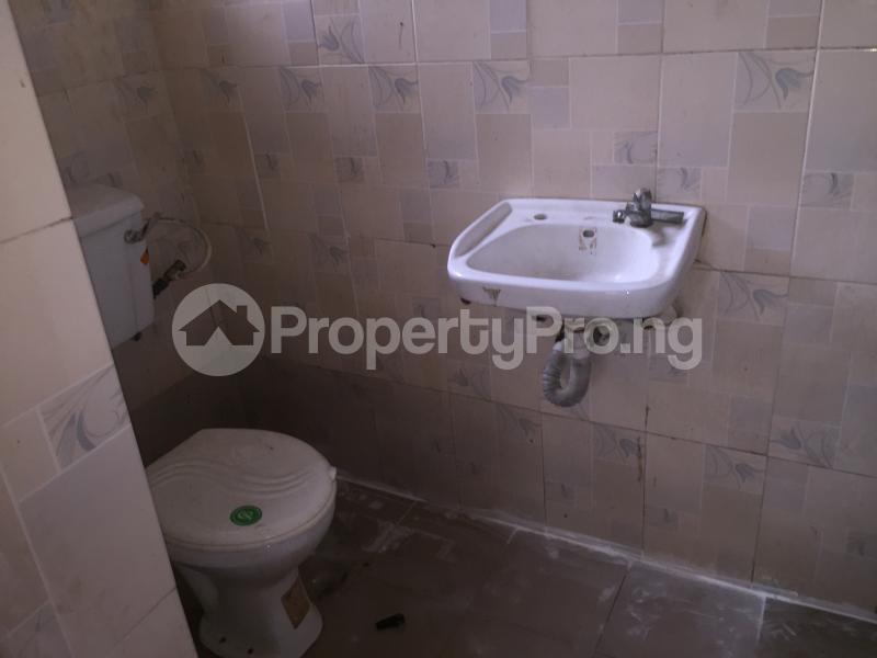 3 bedroom Flat / Apartment for rent Bailey  Abule-Ijesha Yaba Lagos - 11