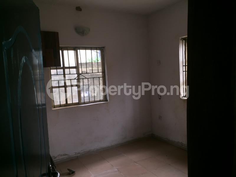 3 bedroom Flat / Apartment for rent Bailey  Abule-Ijesha Yaba Lagos - 4