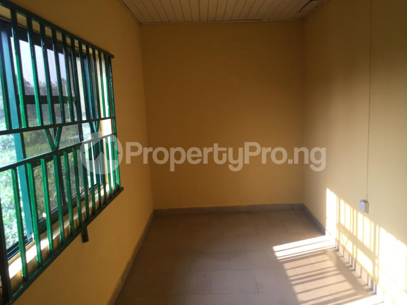 3 bedroom Flat / Apartment for rent Magboro  Arepo Arepo Ogun - 4
