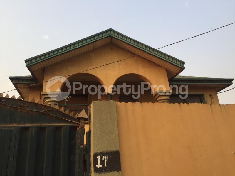 3 bedroom Flat / Apartment for rent Magboro  Arepo Arepo Ogun - 0