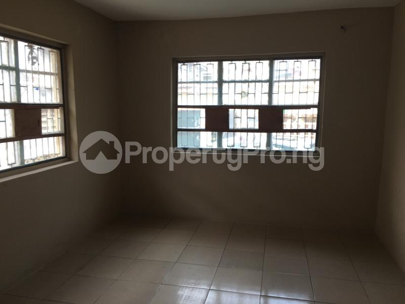 3 bedroom Flat / Apartment for rent 20 Obayan street Akoka Yaba Lagos - 3