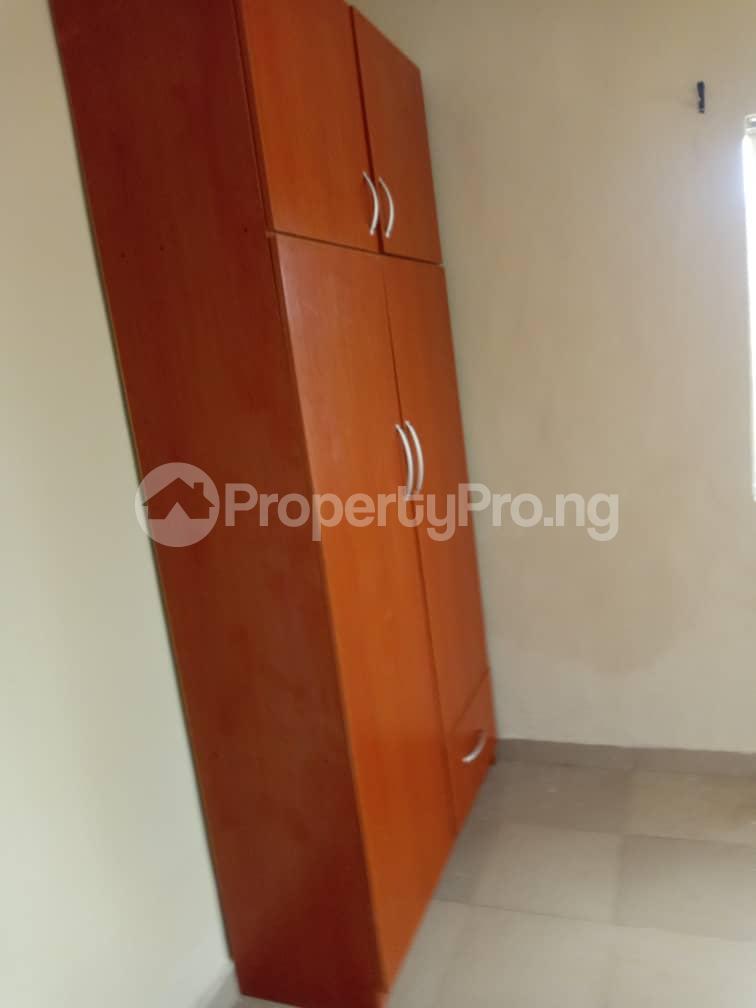 3 bedroom Blocks of Flats House for rent iyana cele podo New garage  Ibadan Oyo - 6