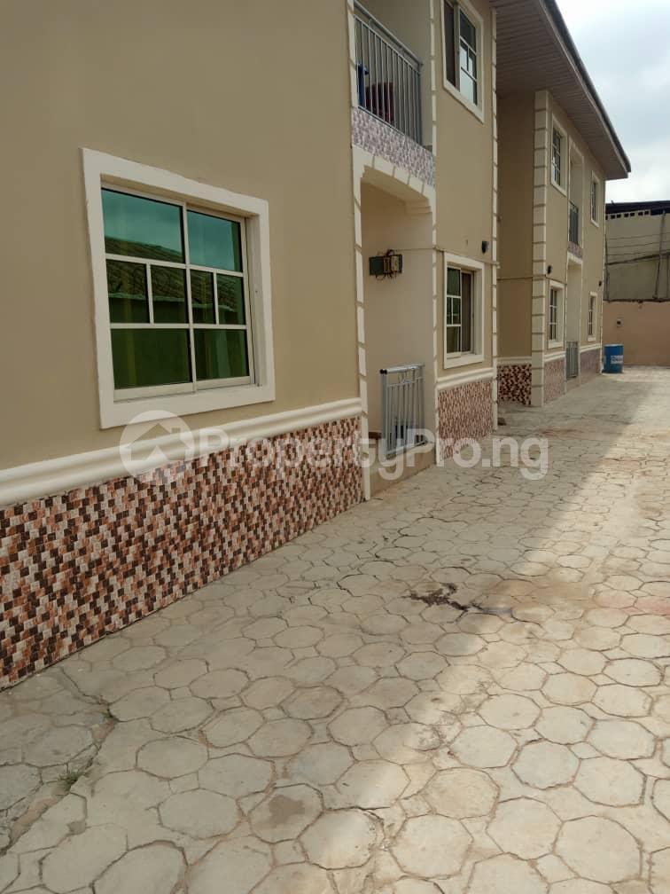 3 bedroom Blocks of Flats House for rent iyana cele podo New garage  Ibadan Oyo - 0
