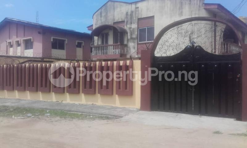 3 bedroom Blocks of Flats House for rent sholebo estate  Ebute Ikorodu Lagos - 1