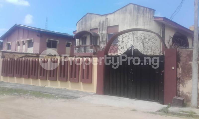3 bedroom Blocks of Flats House for rent sholebo estate  Ebute Ikorodu Lagos - 2