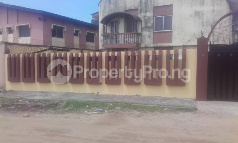 3 bedroom Blocks of Flats House for rent sholebo estate  Ebute Ikorodu Lagos - 3