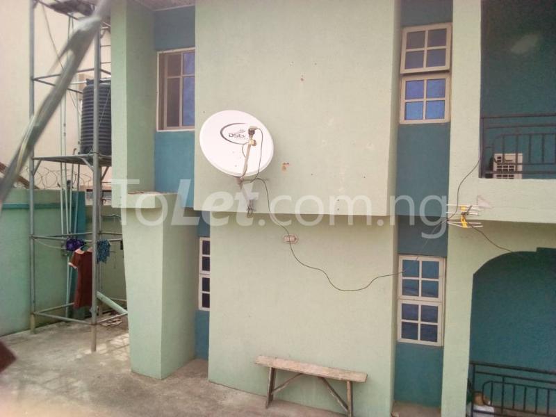 10 bedroom Flat / Apartment for sale Akala express close to Church Baba  Oluyole Estate Ibadan Oyo - 4