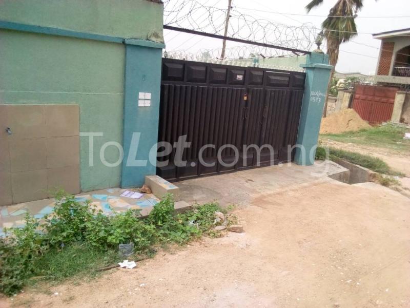 10 bedroom Flat / Apartment for sale Akala express close to Church Baba  Oluyole Estate Ibadan Oyo - 5