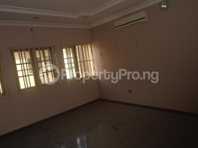 3 bedroom Flat / Apartment for rent WUSE ZONE 6 Wuse 1 Abuja - 6