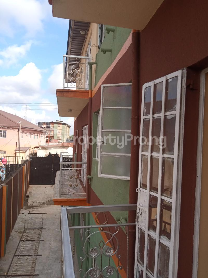 3 bedroom Flat / Apartment for rent Shomolu Shomolu Lagos - 13