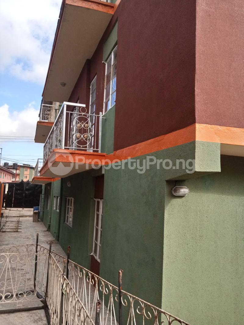 3 bedroom Flat / Apartment for rent Shomolu Shomolu Lagos - 7