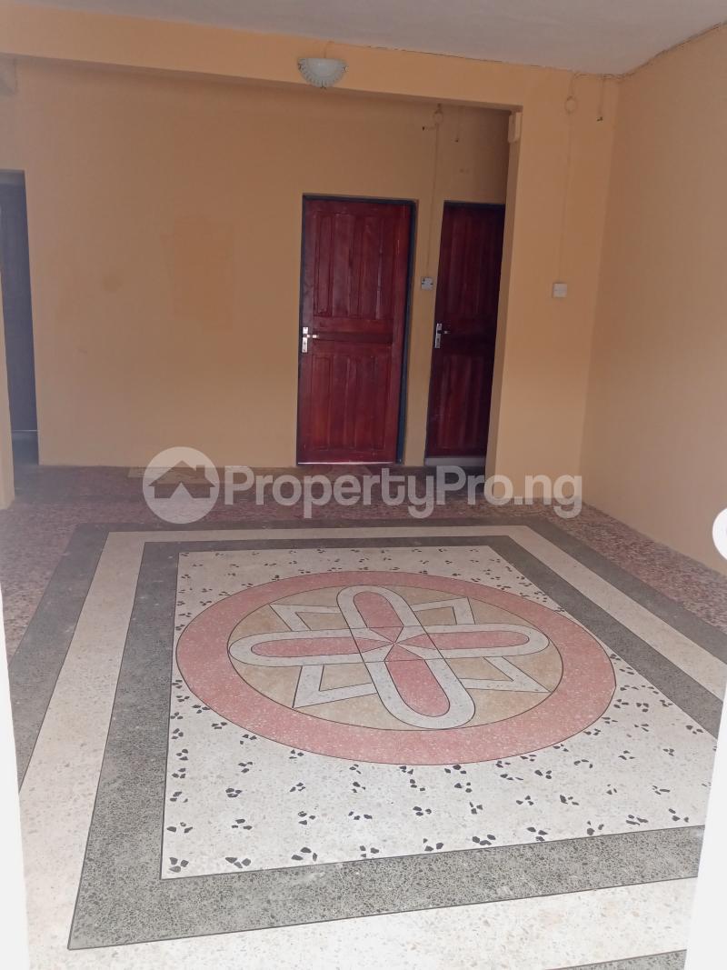 3 bedroom Flat / Apartment for rent Shomolu Shomolu Lagos - 15