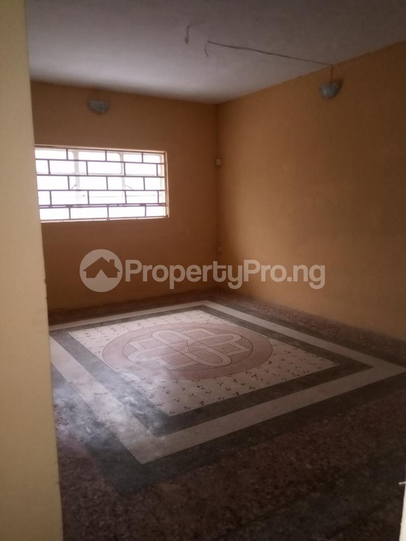 3 bedroom Flat / Apartment for rent Shomolu Shomolu Lagos - 14