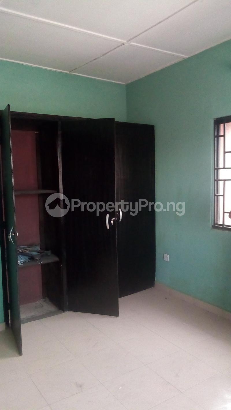 3 bedroom Flat / Apartment for rent Medina Estate Atunrase Medina Gbagada Lagos - 5