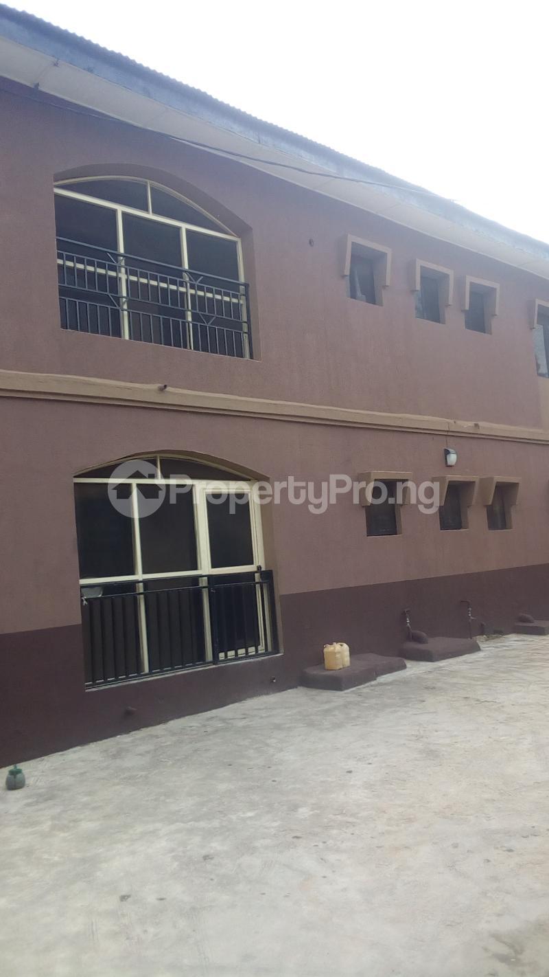3 bedroom Flat / Apartment for rent Medina Estate Atunrase Medina Gbagada Lagos - 1