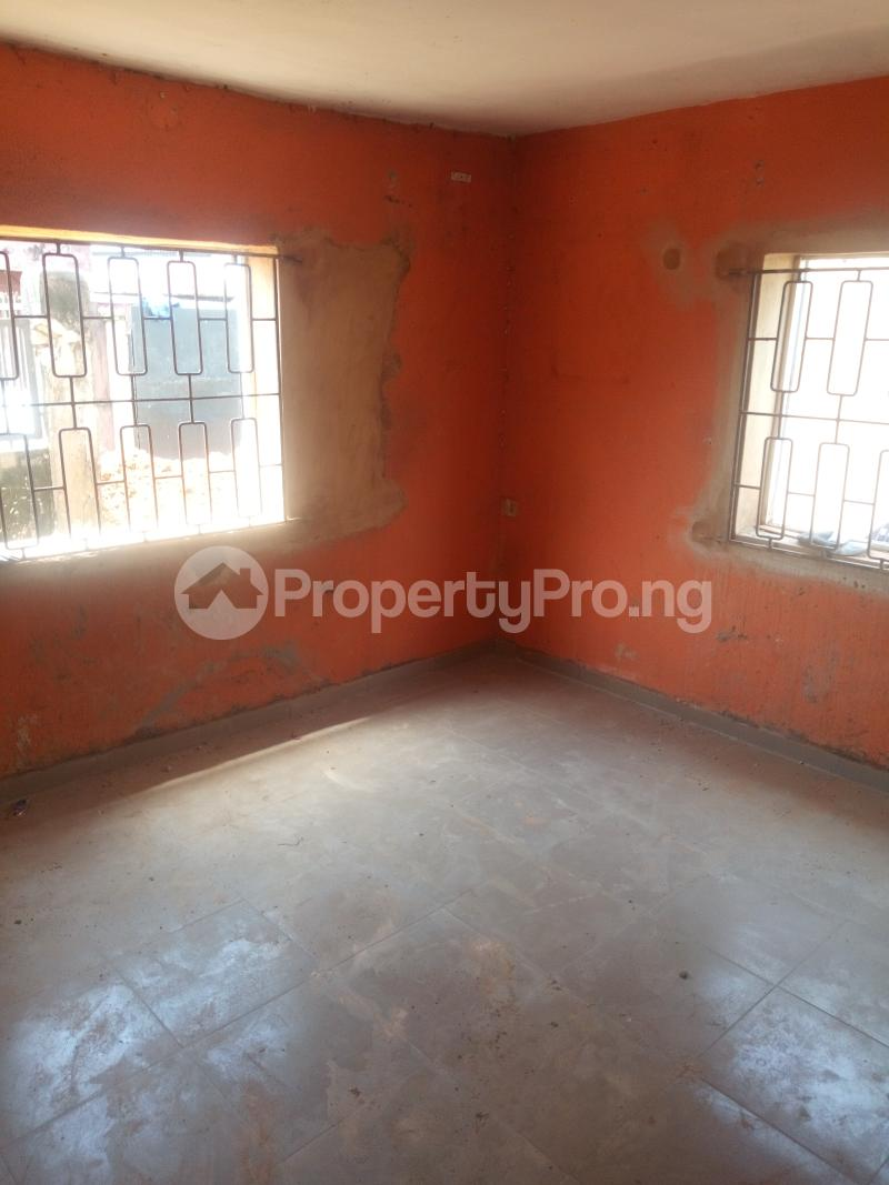 1 bedroom mini flat  Mini flat Flat / Apartment for rent Off Oworo road, oworo Kosofe Kosofe/Ikosi Lagos - 3