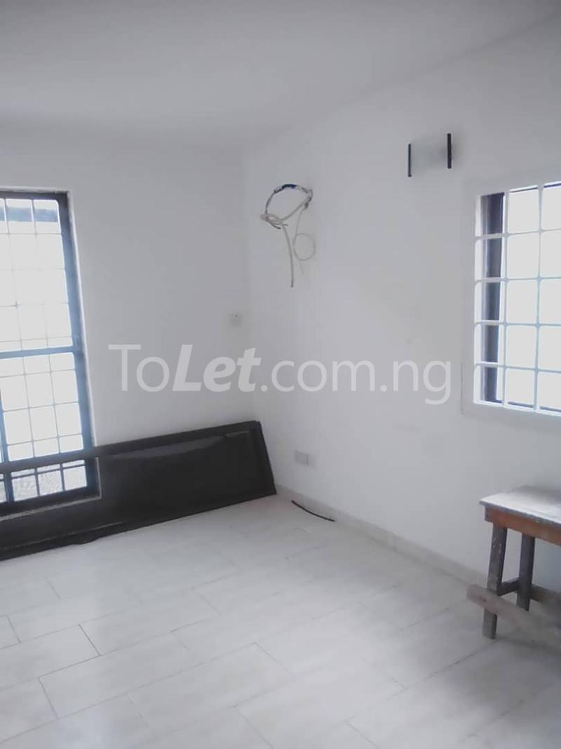1 bedroom mini flat  Mini flat Flat / Apartment for rent Tunde fisayo off Admiralty way  Lekki Phase 1 Lekki Lagos - 5
