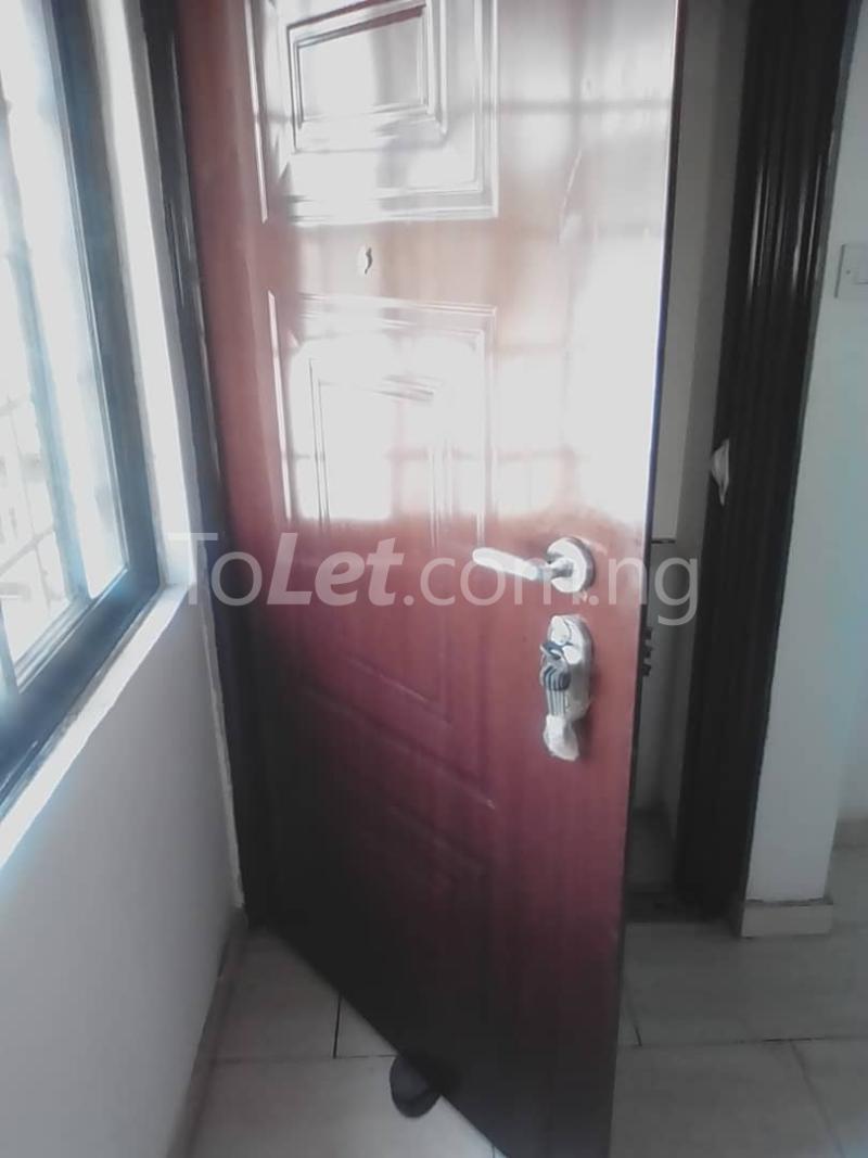 1 bedroom mini flat  Mini flat Flat / Apartment for rent Tunde fisayo off Admiralty way  Lekki Phase 1 Lekki Lagos - 2