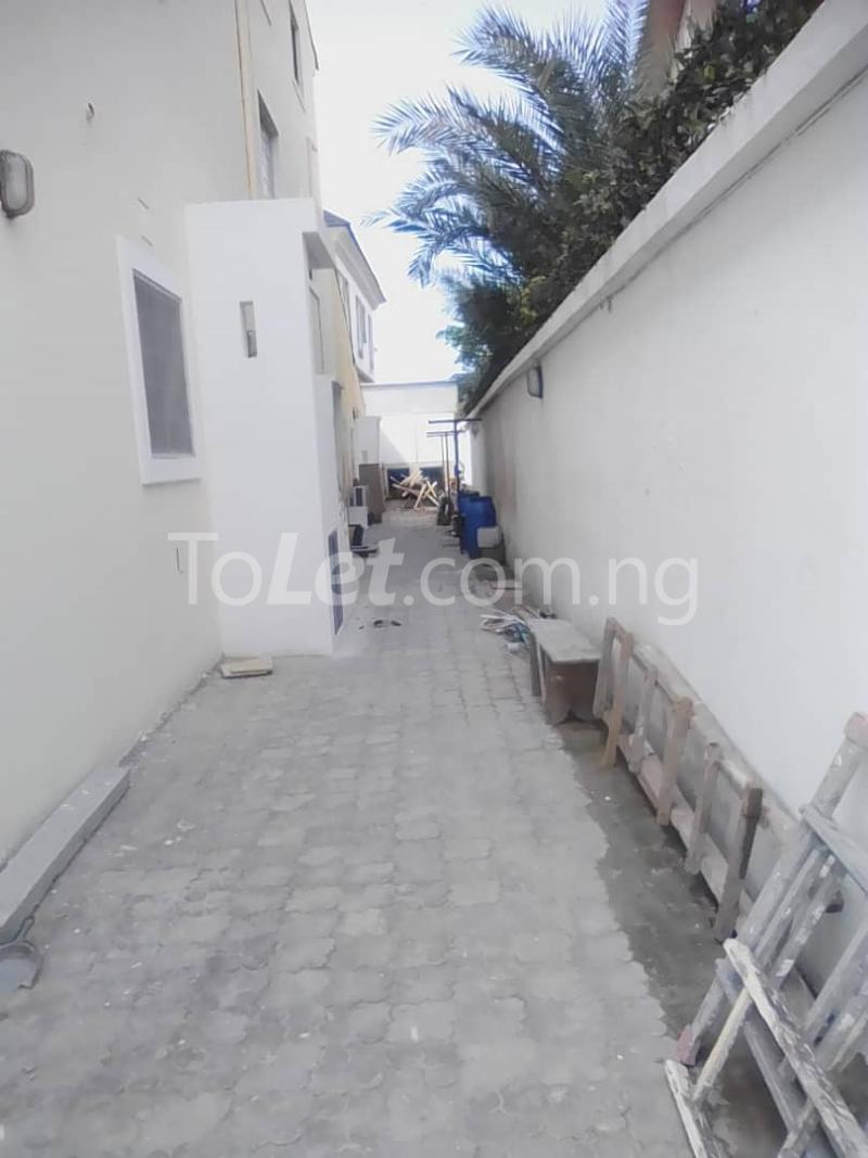 1 bedroom mini flat  Mini flat Flat / Apartment for rent Tunde fisayo off Admiralty way  Lekki Phase 1 Lekki Lagos - 8