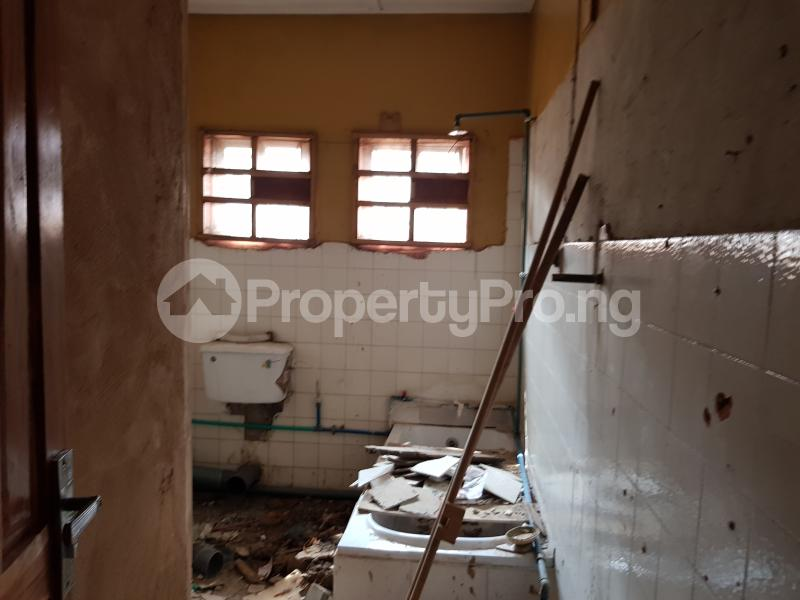 2 bedroom Self Contain Flat / Apartment for rent Jaiyeola ajatta Ajao Estate Isolo Lagos - 2