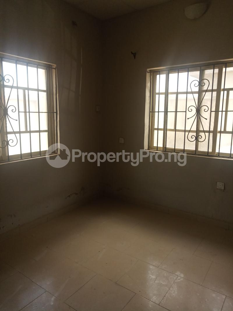 2 bedroom Flat / Apartment for rent Erunwen iwelumon street by Balogun  Ikorodu Ikorodu Lagos - 8
