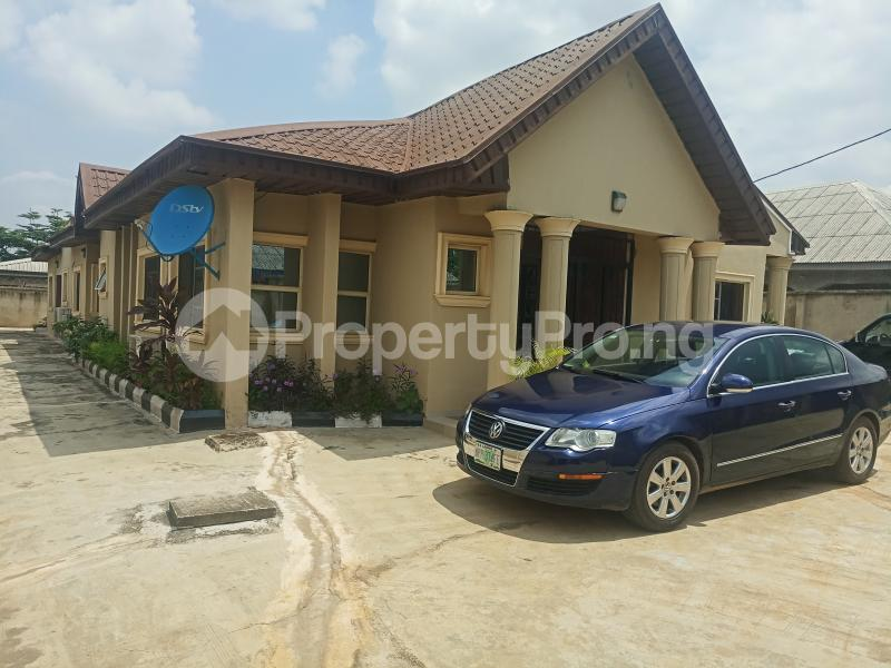 2 bedroom Flat / Apartment for rent Erunwen iwelumon street by Balogun  Ikorodu Ikorodu Lagos - 1