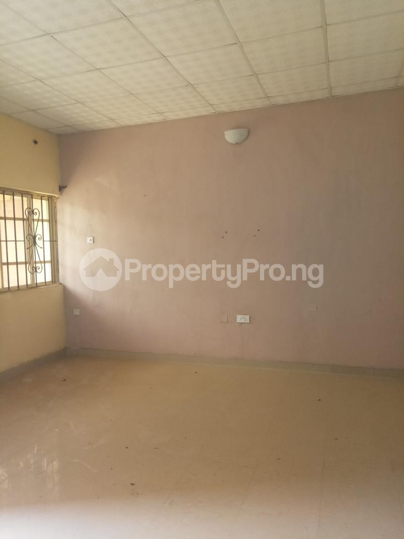 2 bedroom Flat / Apartment for rent Erunwen iwelumon street by Balogun  Ikorodu Ikorodu Lagos - 3