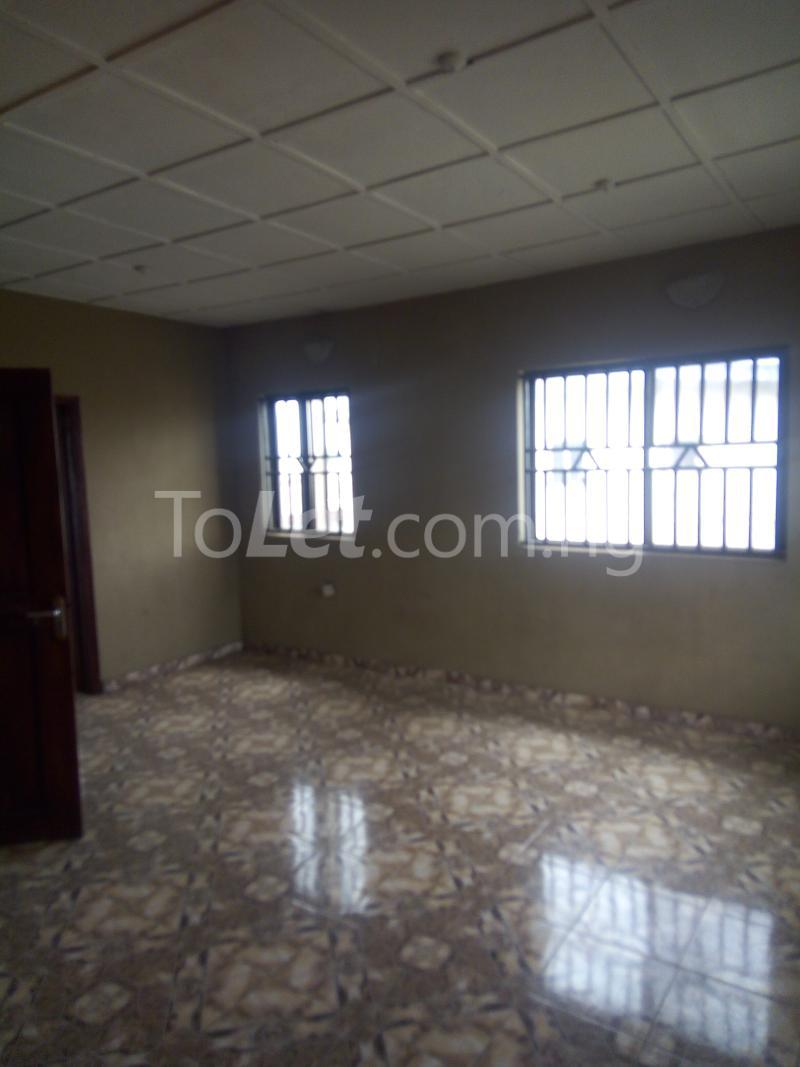 2 bedroom Flat / Apartment for rent Victoria street  Ogudu Ogudu Lagos - 2