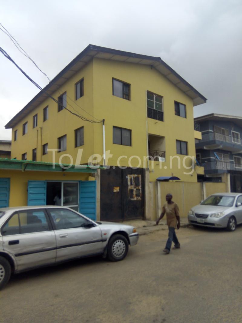 2 bedroom Flat / Apartment for rent Victoria street  Ogudu Ogudu Lagos - 0