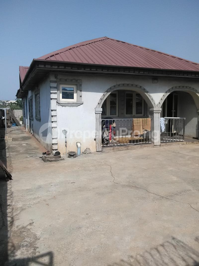 Detached Bungalow House for sale Mosan ipaja shagari extension Alimosho Lagos - 8